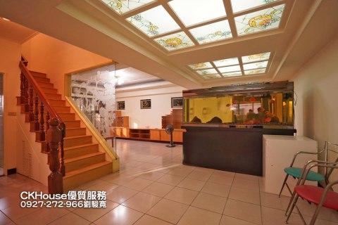 捷運板新站300米樓中樓~正隆華廈