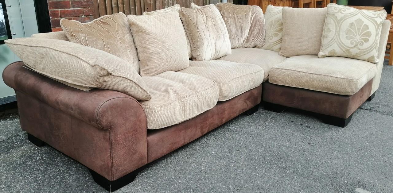 Dfs Joelle Sofa In Harlow Essex Sofas Posot Class - Dfs Sofa Kettering