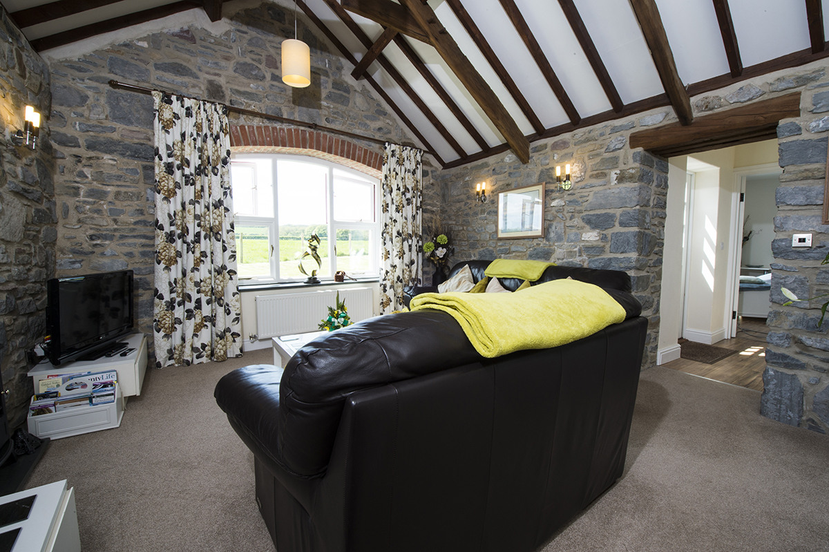 Big Sofa Goodwick Silk Purse Angle 5 Star Holiday Home In Pembrokeshire South