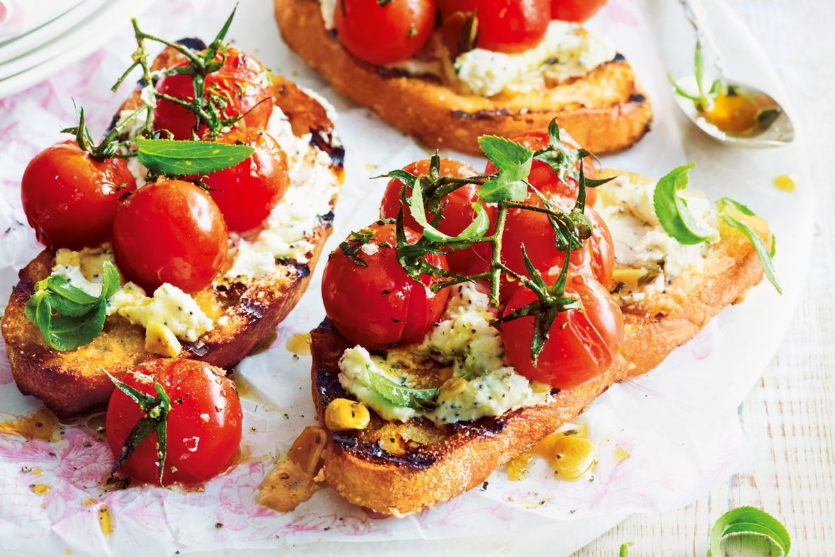Canapé Poppy Tomato Goat 39s Cheese And Poppyseed Tartines Recipes