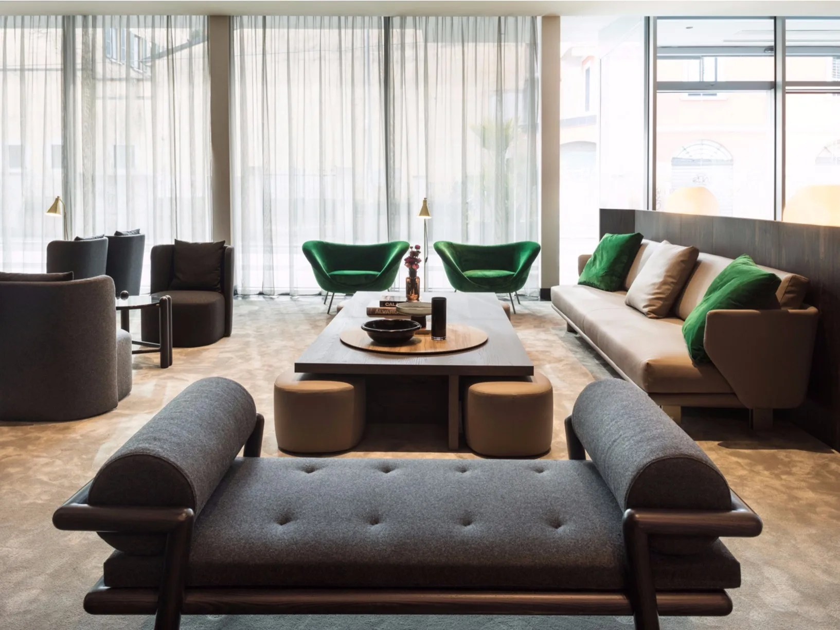 Molteni C Furnishes Viu Hotel In Milan