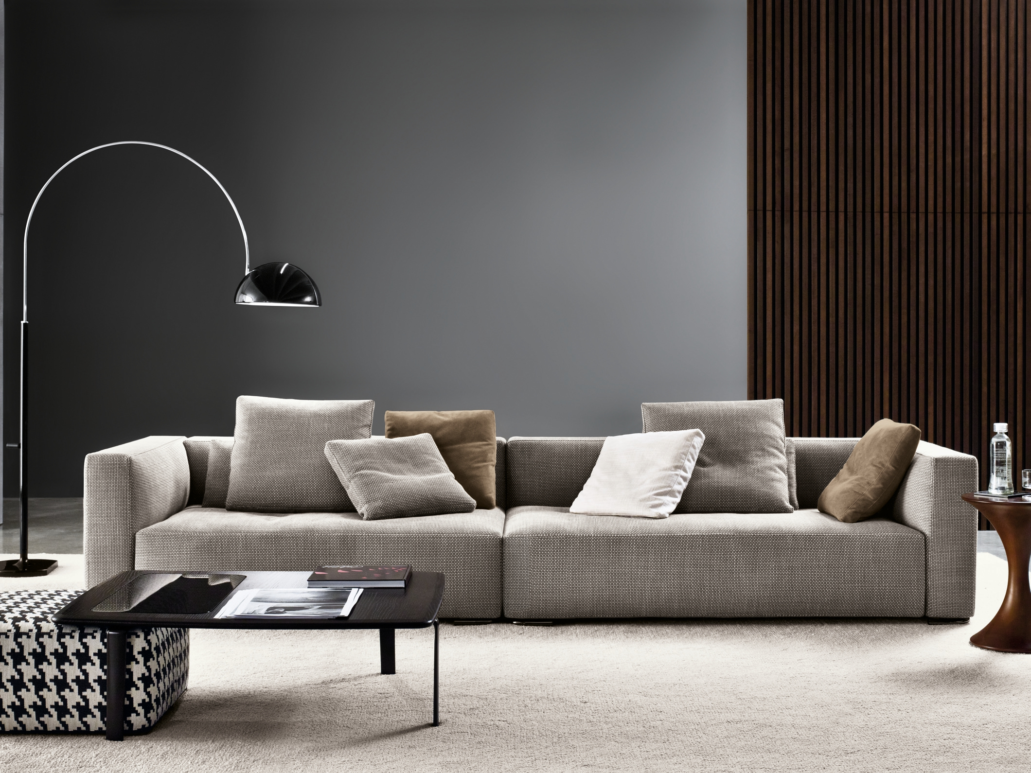 Divano Hamilton Island Minotti 1000 43 Images About Seating Sofas And Chaise On Pinterest