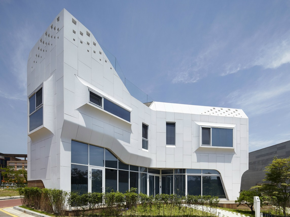 Corian Waschbecken Rosskopf Solid Surface Material For Façades Hi Macs For Façades By