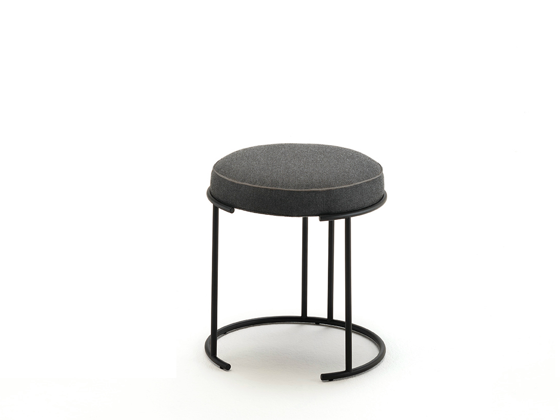 Tabouret Bas Design Nina Tabouret Bas By Living Divani Design David Lopez