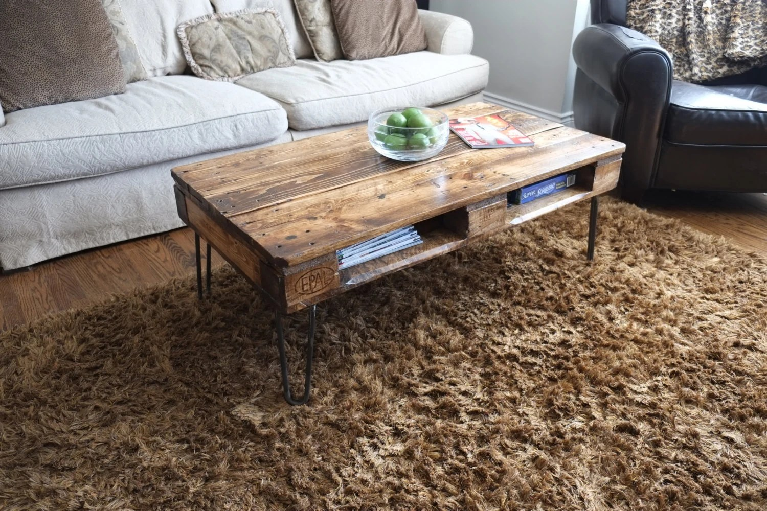 Couchtisch Arabeske Antique Pallet Or Skid Coffee Tables On Hairpin Legs