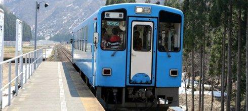 【熱血背包女】2015東北追櫻之旅:秋田內陸縱貫鐵道趴趴走~好想每個季節都來玩啊❤