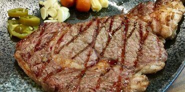【台南市-東區】哞王原味炭烤牛排 原塊碳烤牛排再升級,PRIME肋眼平價也吃的到|成大商圈|火車站美食