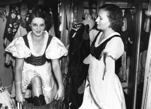 Cabaret Dancers 1900 1930 Gagdaily News