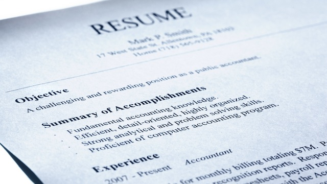 List Accomplishments, Not Your Job Description, On Your Resume