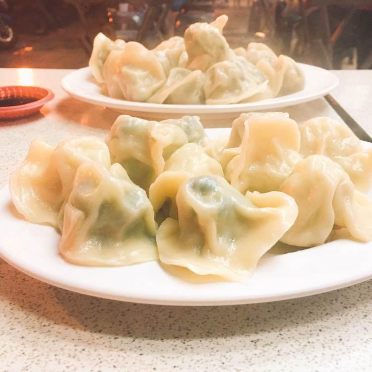 【 台北市政府站 | Taipei Food 】 巧之味手工水餃 |  Chiao Chi Wei Dumpling Shop | 信義區