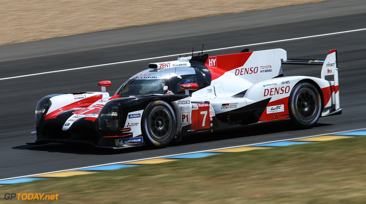 Mobil Libre Le Mans Q1 7 Toyota On Top Despite Crash 8 Toyota Struggles