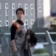 【グロ動画:自殺】普通に火をつけて死のうとするくる狂ってる女性・・・