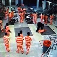 【衝撃映像:殺人】受刑者を地面に叩きつける監察官→殺人犯に転職しましたw