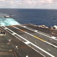 【衝撃映像】中々見れない空母の戦闘機発着陸映像