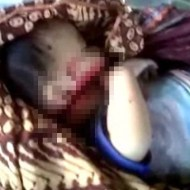 【グロ動画】母親を赤ちゃんをマチェーテで切り殺す惨殺事件