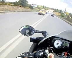 【衝撃映像】運転手目線のバイク事故怖すぎワロエナイw