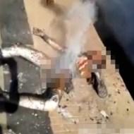 【グロ動画】体が炭になって煙が出てるのに生き残ってしまう・・・