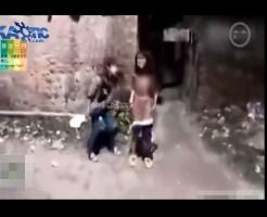 【いじめ映像】女のいじめやば過ぎる・・・街中で少女を全裸にして暴行・・・