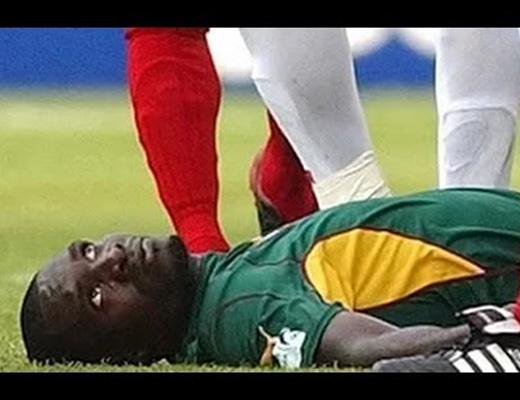 【衝撃映像】サッカー試合中に死んだ選手って見たことある?試合中死亡選手10人まとめ