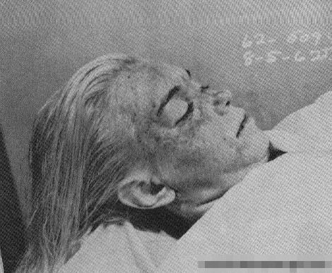 【グロ画像】マリリン・モンローのパンチラは見ても死体は見た事ないだろうw ※マリリン・モンロー、ラスプーチン他死体