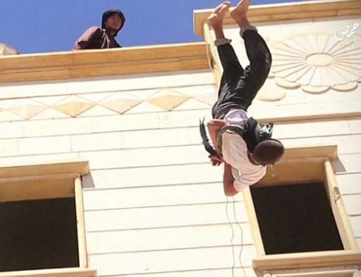【閲覧注意】ISISがゲイを処刑するときはなぜいつもこれなのか・・・