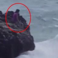 【悲報】俺氏、海岸散歩中に海に飛び込む女と遭遇する ※動画