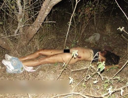 【エ□グロ】19歳女子大生が首絞めレ●プ殺人事件の被害に遭った美女死体!!※閲覧注意※