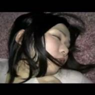【レイプ 個人撮影】ヤリサー?酔いつぶれた女の子を犯す男の個人記録 ※無修正