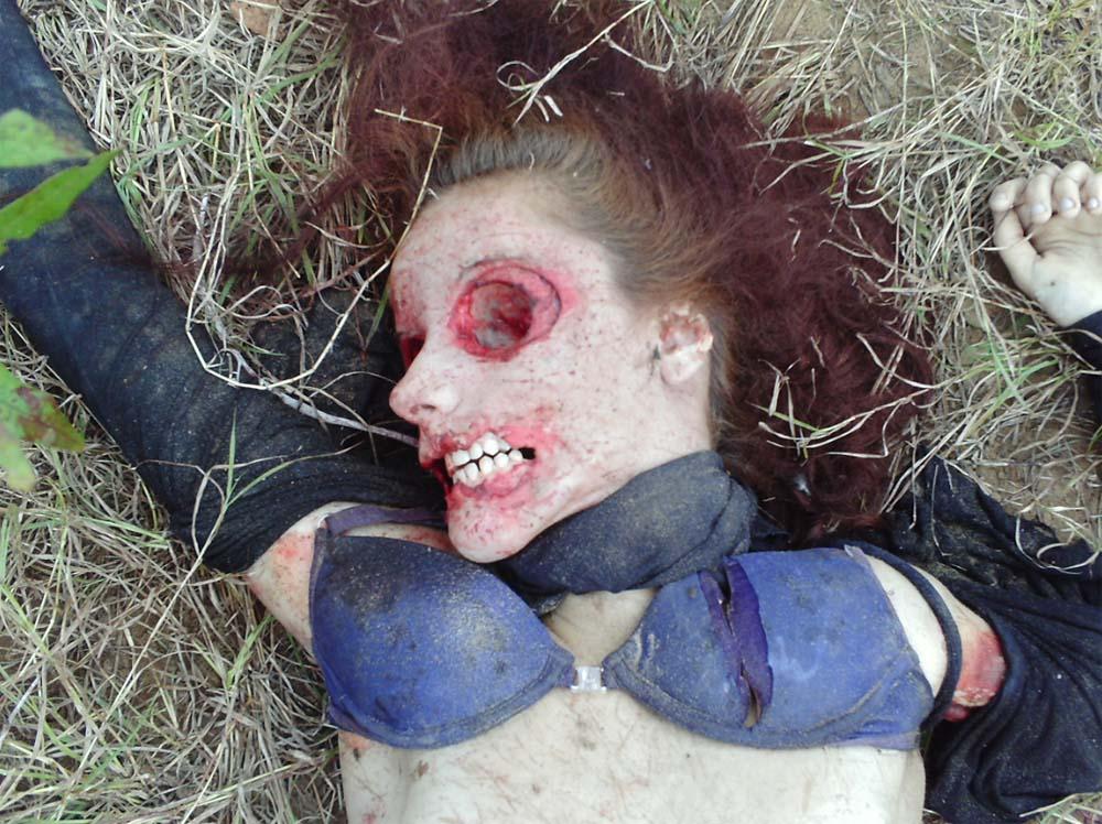 【レ●プ死体】目くり抜かれて唇切り取られて耳も削ぎ落とされて・・・ ※画像