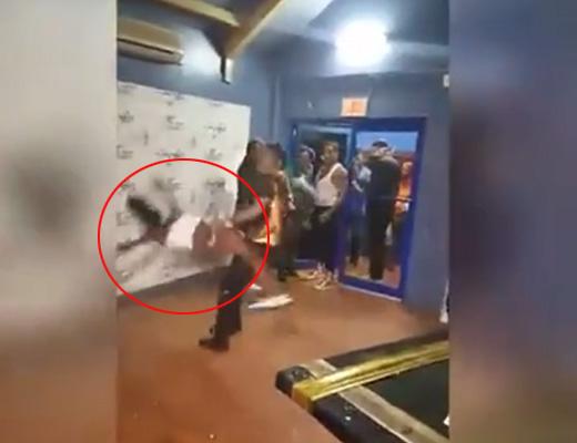 【衝撃映像】テンション上がり過ぎたダンサーの悪乗りダンスがもうレ●プレベルと話題にwwwww