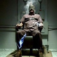 【プリズンブレイク】死刑囚が脱獄成功→電線に当たり感電→死亡