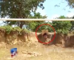 【グロ注意】レイプ犯は打ち首→サッカーゴールに生首を吊るす・・・ 閲覧注意