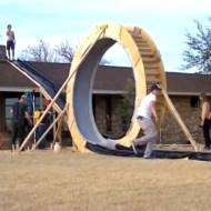 【衝撃映像】自作360度大回転式滑り台wちょっと助走が足りない気が・・・