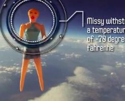 【おもしろ動画:馬鹿】ダッチワイフさん宇宙へwwwギネス並みの記録www