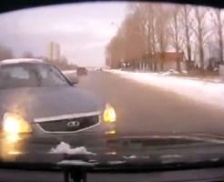 【衝撃映像:事故】最新交通事故映像詰め合わせ2013年12月Part2