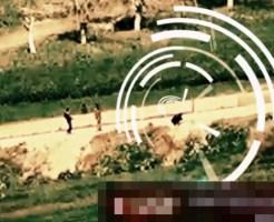 【閲覧注意:戦争】IED(路肩爆弾)を処理しようとしたが失敗し、遥か上空へと吹き飛ばされてしまうシリア軍の兵士