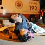 【閲覧注意】死亡した妻の亡骸を抱きかかえ、泣き叫びながら必死で目を覚まさせようとする男性