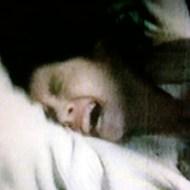 【本物レイプ】セルビアの男性に12歳の女の子がレ◯プされそうになる瞬間・・・