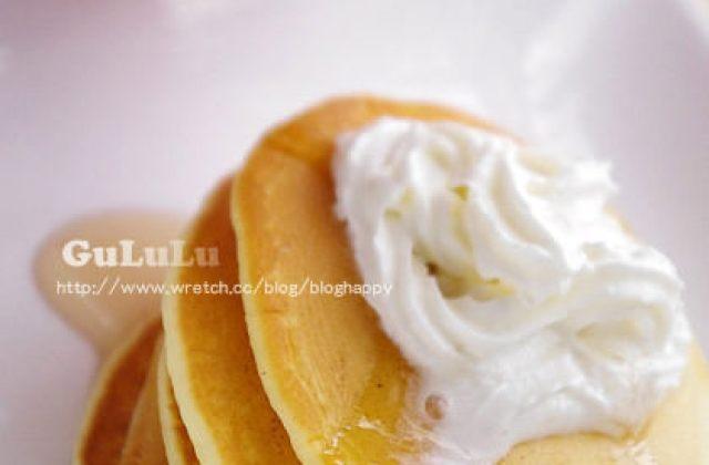 露露廚房奮鬥記 ▌鬆餅粉做點心、鮮奶油蜂糖鬆餅、下午茶點心