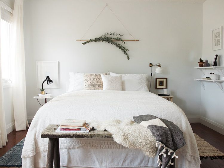 Wall Art Behind Bed 14 Over The Bed Wall Decor Ideas Huffpost