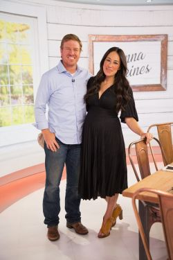 Joyous Chip Joanna Gaines Welcome Ir Fifth A Baby Boy Huffpost Joanna Gaines New Baby Name Joanna Gaines Baby Boy Name