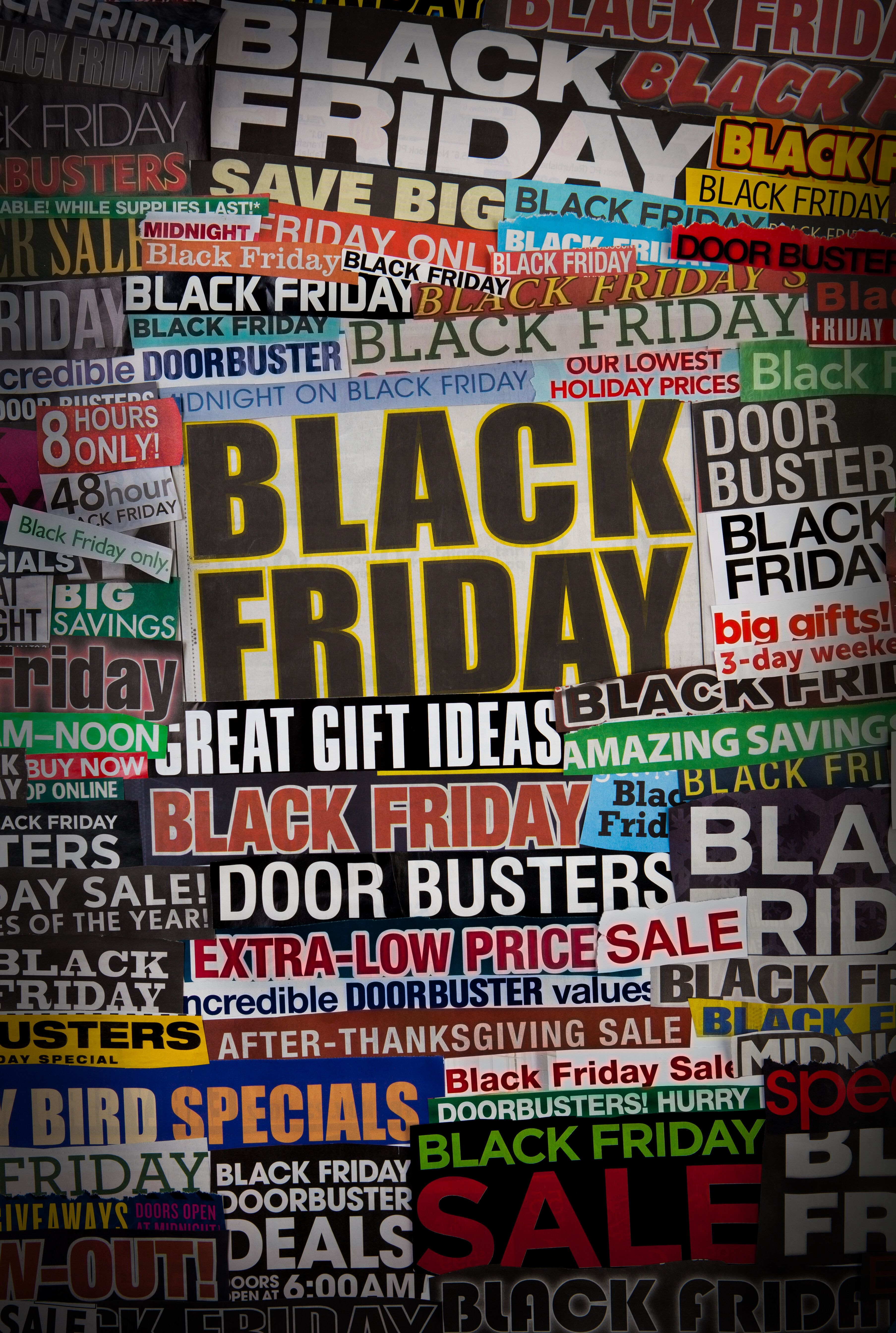 9 Ways Retailers Trick You Into Spending Money On Black Friday Huffpost Life