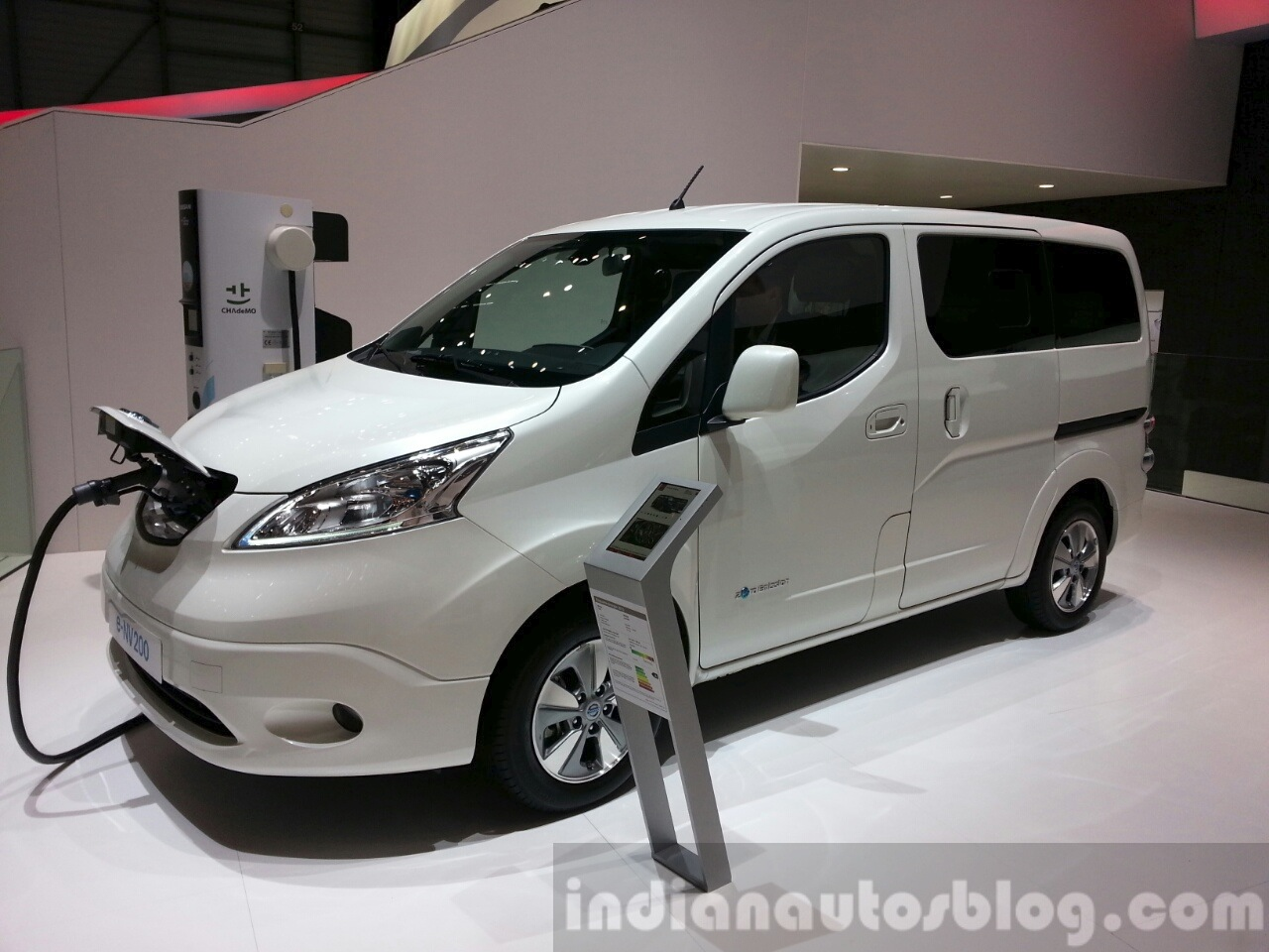 Nissan 7 Seater Cars Nissan 7 Seater Car New Cars Update 2019 2020 By