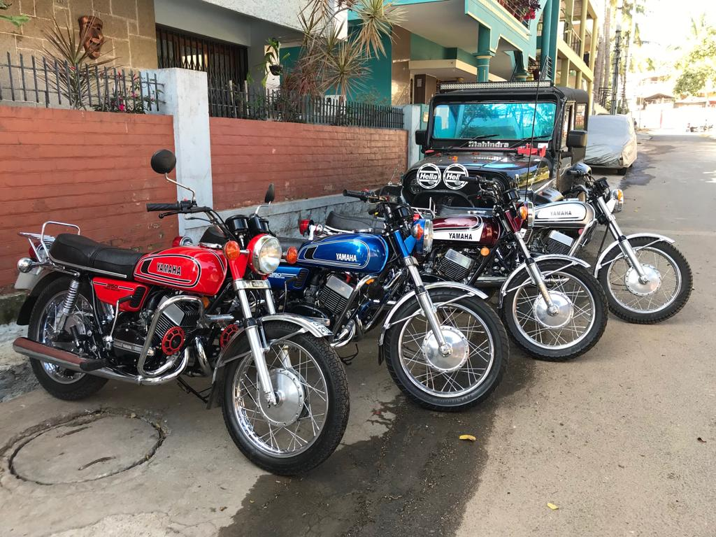 Garage Yamaha All Four Yamaha Rd350s From This Iab Reader S Garage Look Impeccable