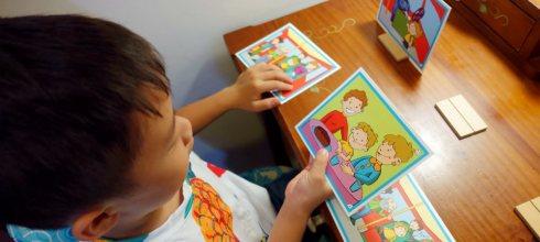 西班牙akros情境圖卡遊戲,讓小小孩學習思辨與推理
