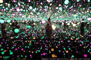 從無限鏡屋看奇幻世界~草間彌生展-草間的圓點時代
