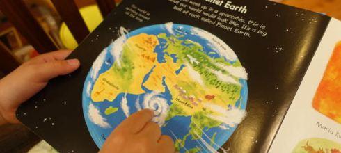 英國Usborne的第1本入門「世界」主題書●my very first Our World book●