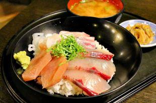 ♫福岡自由行,赤坂駅周邊美食,博多魚がし_市場会館店