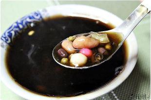 花蓮玉里小吃:橋頭臭豆腐+玉里老店燒仙草