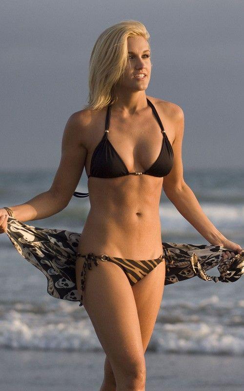 Nice Girl Wallpaper For Facebook Ashley Roberts Of Pussycat Dolls In Bikini At Malibu Beach